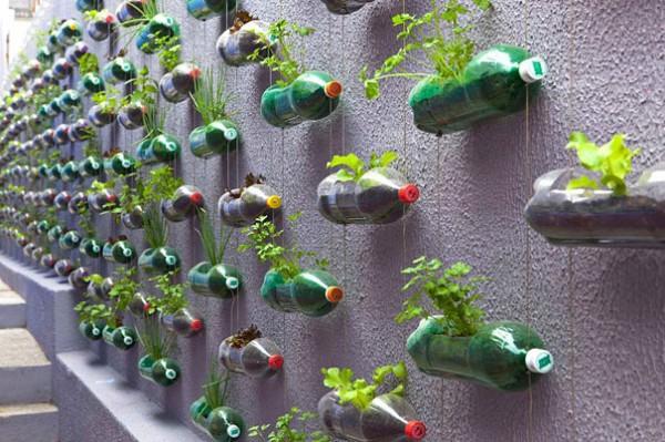 plastic-bottles-recycling-ideas-11-600x399