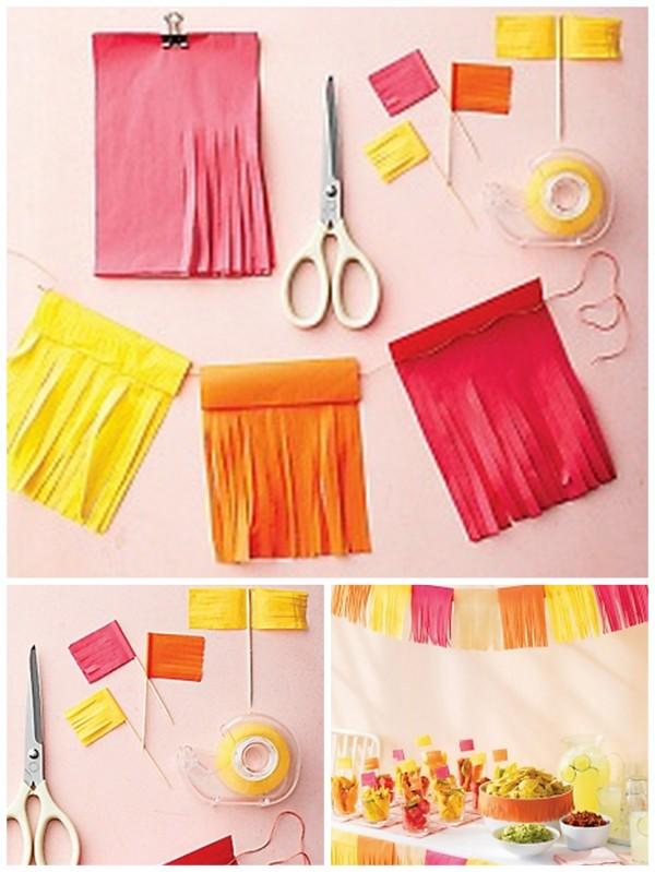 cmo hacer una guirnalda de papel crepe con flecos - Hacer Guirnaldas
