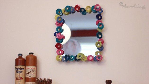 Manualidades para reciclar el marco de un espejo renovar for Como decorar un espejo para la sala