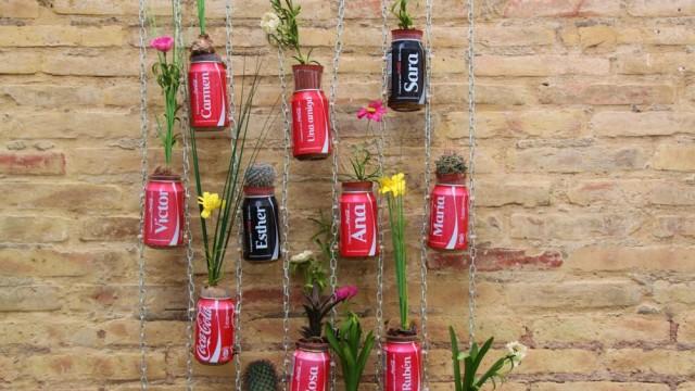 Ideas bonitas recicladas para decorar todo tipo de for Jardin con reciclados
