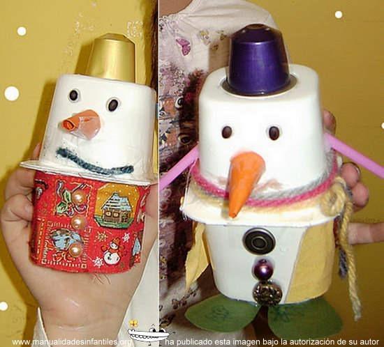Muneco-de-nieve-con-envases-de-yogur
