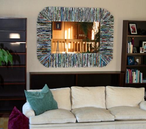 Manualidades para reciclar el marco de un espejo renovar for Marcos decorados para espejos
