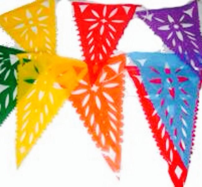 40 guirnaldas originales recicladas c mo hacer las - Como hacer cadenetas de papel para fiestas ...